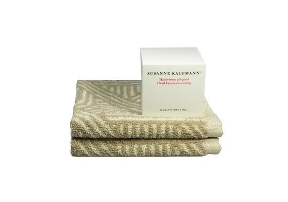 Bathroom Story 7.0: Handcreme & Seiftücher